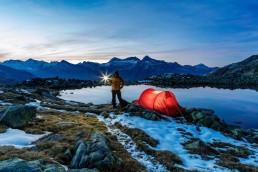 Abend, Alpenpass, Bergsee, Gewässer, Graubünden, Landschaft und Natur, Natur, Orte, Passo dello Spluga, Schweiz, See, Splügenpass, Suisse, Switzerland, Tageszeit, Verschiedenes, Zelt