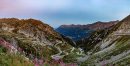 Alpen, Alpenpass, Berge, Bergmassiv, Gotthard, Gotthard-Pass, Güterverkehr, Landschaft und Natur, Objekte, Orte, Passo del San Gottardo, Schweiz, St. Gotthard, St. Gotthard-Pass, Strasse, Strassenverkehr, Suisse, Switzerland, Ticino, Verkehr