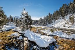 Alpen, Alpenpass, Bach, Engadin, Fluss, Gewässer, Graubünden, Jahreszeiten, Landschaft und Natur, Natur, Ofenpass, Orte, Schnee, Schweiz, Sonnenschein, Suisse, Switzerland, Wetter, Winter