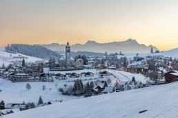 Abend, Alpstein, Appenzell, Appenzell Ausserrohden, Berge, Dorf, Fotografie, Hügel, Landschaftsfotografie, Nacht, Ostschweiz, Photography, Schnee, Schweiz, Speicher, Suisse, Switzerland, Säntis, Wetter, Winter, landscape photography