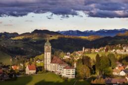 Abend, Abendrot, Appenzell, Appenzell Ausserrohden, Dorf, Frühling, Hügel, Ostschweiz, Speicher, Spring, Streusiedlung, Suisse, Switzerland, Trogen, Wald, Wald AR, Wetter